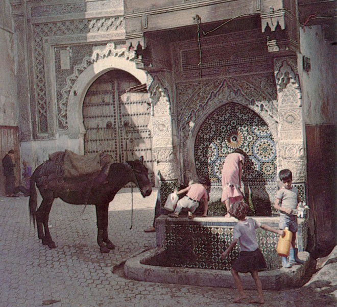 The Nedjarine fountain in Fez is decorated with mosaic tile and carvings in bas-relief.