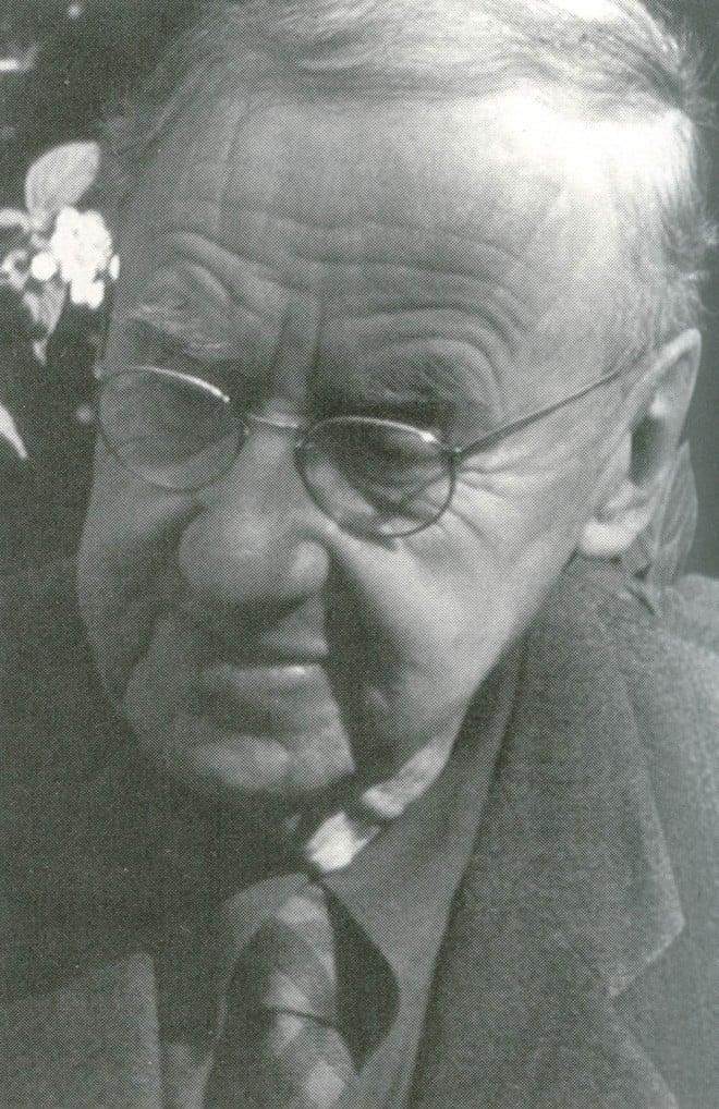 Sydney B Mitchell. Photograph by Roy Oliphant