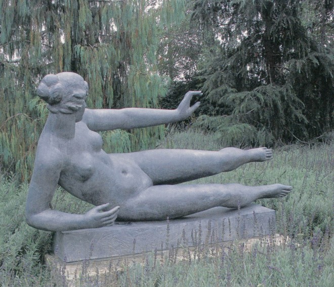 Aristide Maillol's L'Aire floats above a cloud of lavender (Lavandula 'Goodwin Creek Gray')