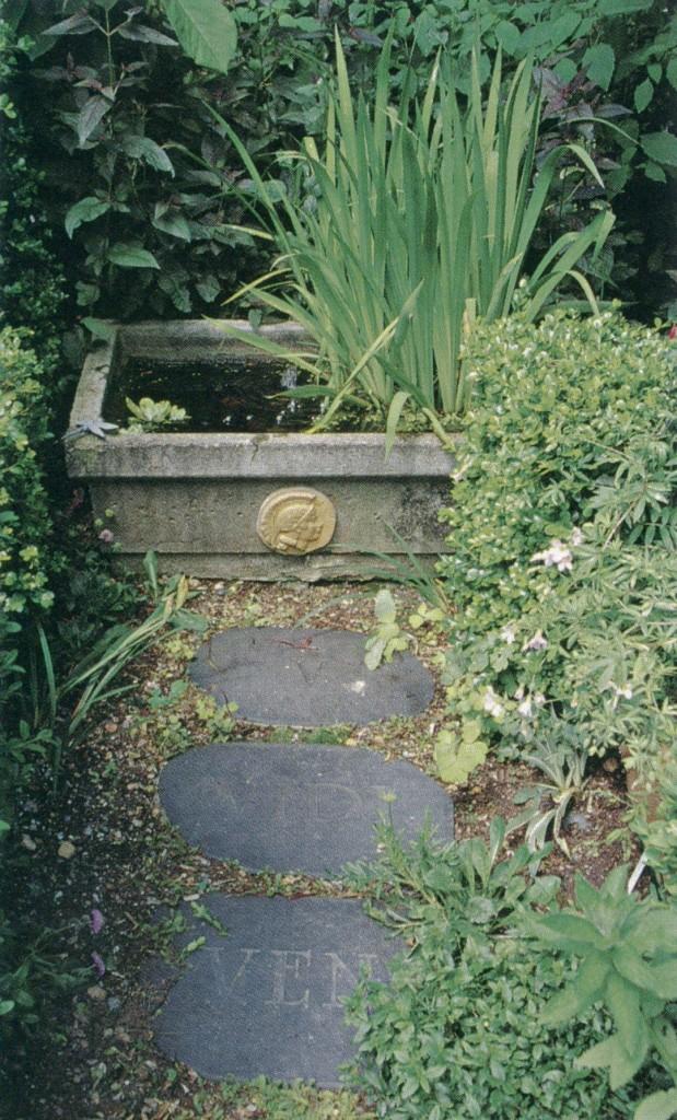 "The tiny Italian Garden, with the ""Veni, Vidi, V"" stepping stones. Photograph by RGT"