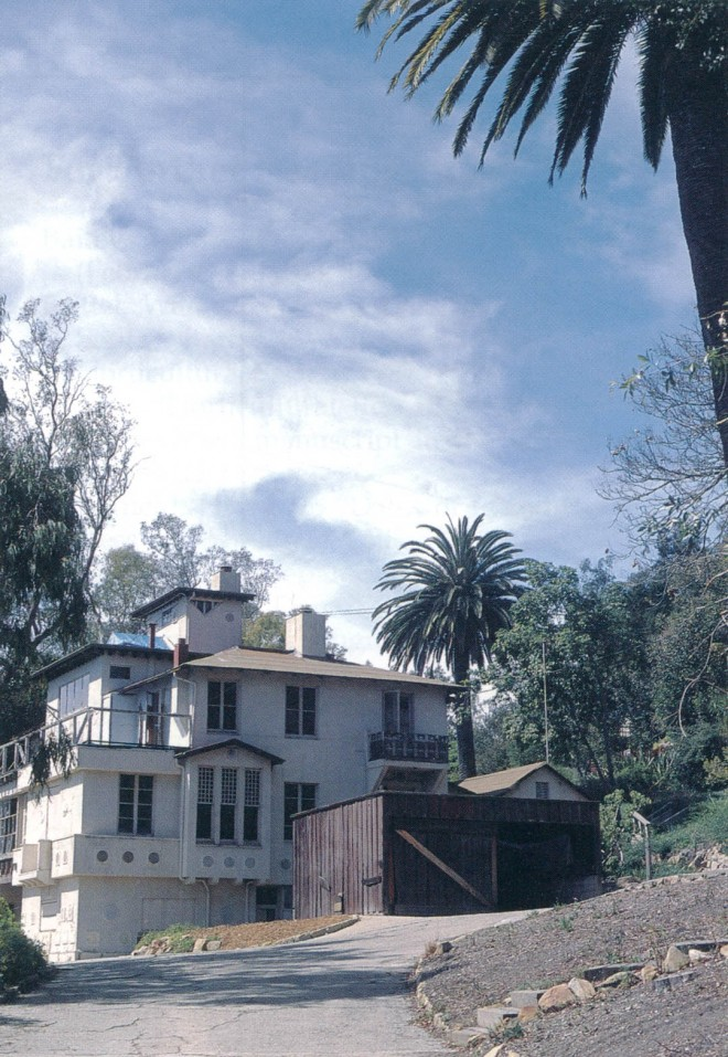 Franceschi House in 2002, with tall palms planted by Franceschi; the unfortunate garage jars the otherwise Mediterranean feel of the house as remodeled by Alden Freeman in the late 1920s. Author's photograph