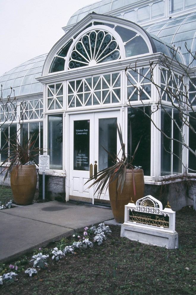 Volunteer Park Conservatory, Seattle. Author's photographs