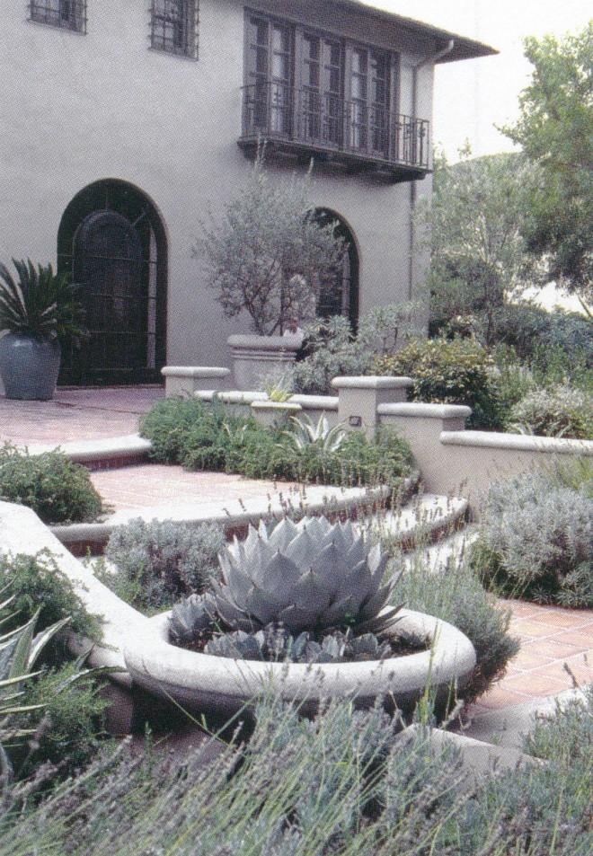 Pasadena garden by Mark Bartos