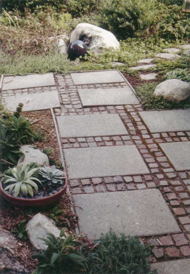 Pasadena garden by Mary Dee Romney