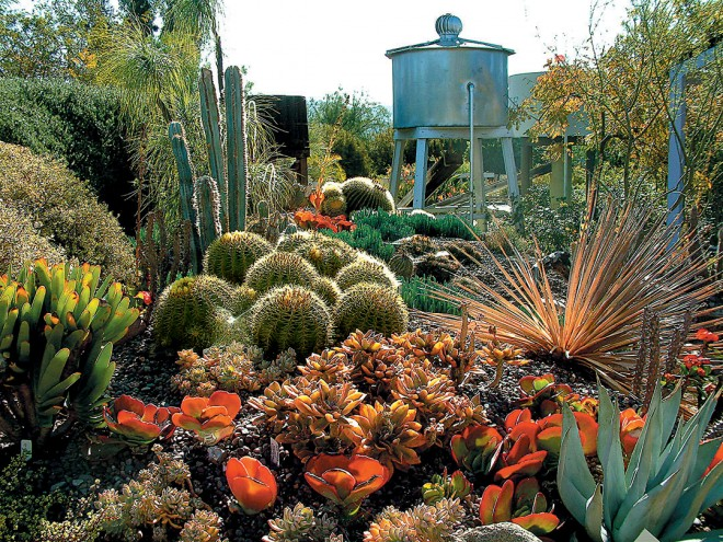 The garden's nearby water tower is an appropriate focal point reminding visitors of the need to carefully consider water in the landscape. Author's photographs