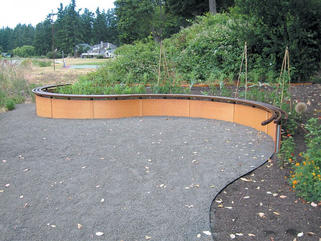 The curving lines of the newest garden reflect the pattern of waves on the beach - See more at: http://www.pacifichorticulture.org/articles/creating-a-garden-on-the-sound/#sthash.ANJE0Lft.dpuf