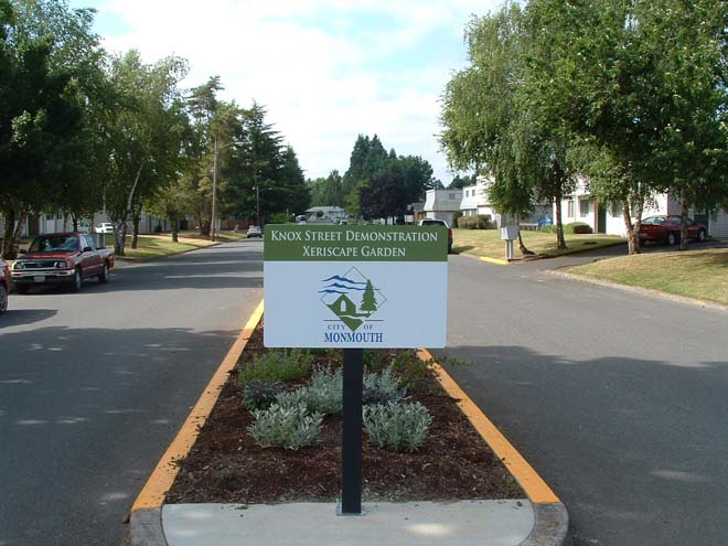 A collaborative effort results in a beautiful and informative community landscape in Monmouth, Oregon. Photo: Neil Bell