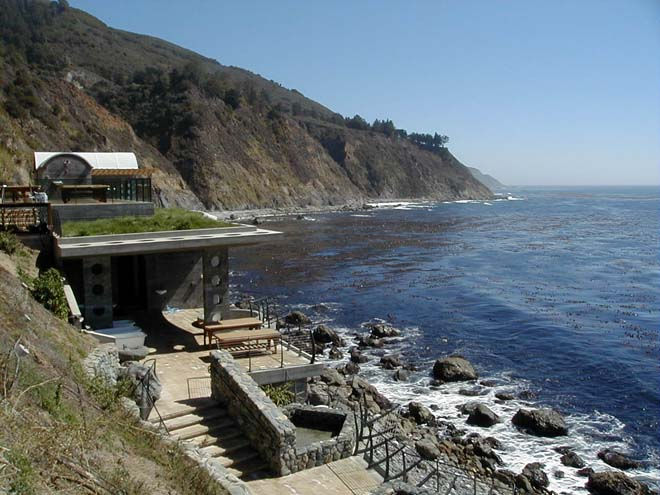 Esalen's hot springs, baths, and massage tables in 2002. Photo: Daniel Bianchetta