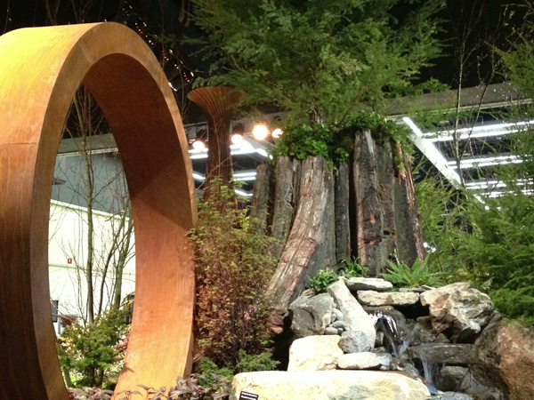 Nature's Studio takes  Pacific Horticulture magazine award at 2014 Northwest Flower & Garden Show.