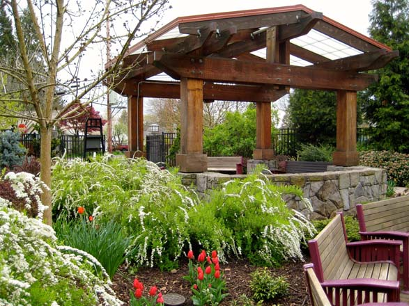 The Central pavilion at the Portland Memory Garden serves as orientation point for visitors. Photo: Patty Cassidy