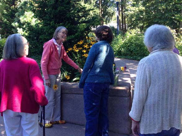 Author Patty Cassidy leads a horticultural therapy session. Photo: Kayo Huffman