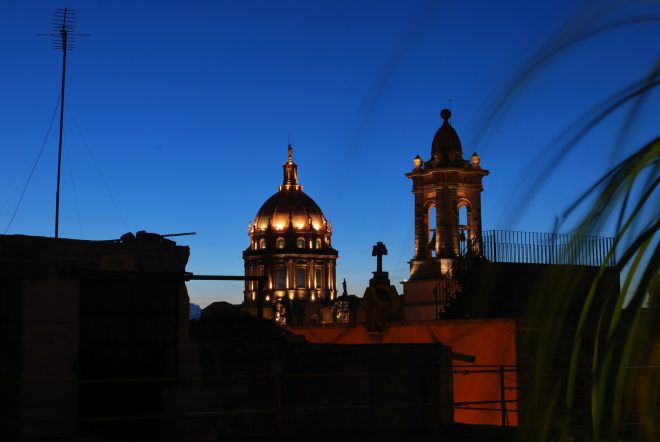 Architectural details against the night sky in San Miguel de Allende. Photo: CC via Pixabay