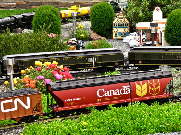 The Wenn railroad garden in Vancouver, BC.  Photo: Nancy Norris