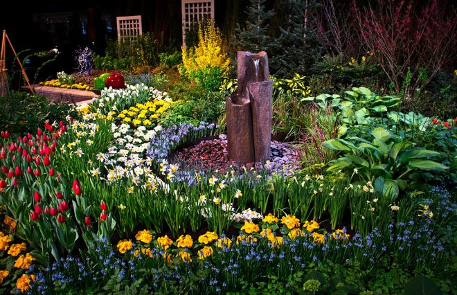 With approximately 28,000 blooming flower bulbs on display each year, gardens like this one created by Fancy Plants in 2014, bring an early spring to the Pacific Northwest. Photo: courtesy of NWF&G Show